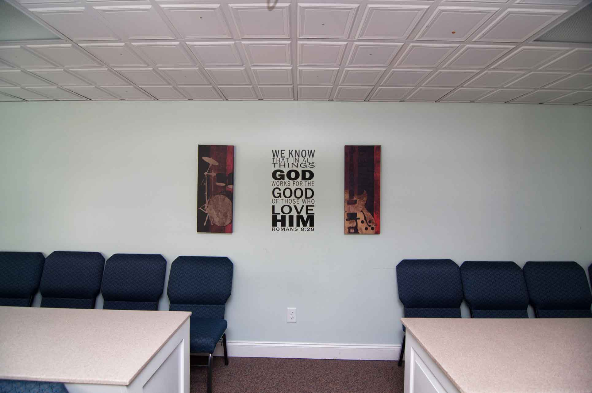 Inspirational-Wall-Art-in-Science-at-Burlington-Christian-School